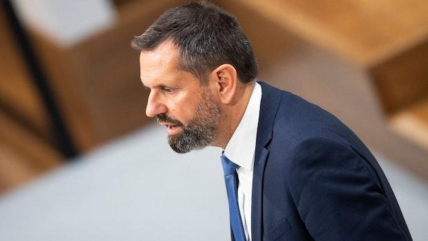 Umweltminister Lies verteidigt Abschuss von Problemwolf