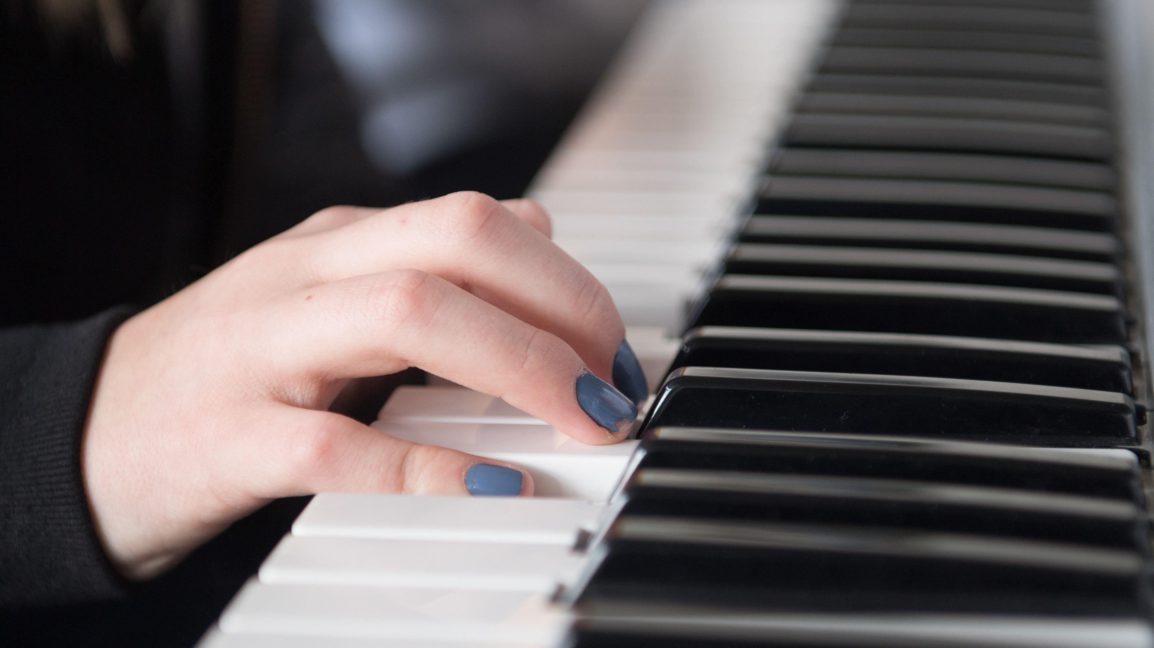 Die Verantwortlichen der Musikschule Lohne begreifen die Corona-Pandemie als Chance, um die Digitalisierung der Einrichtung voranzutreiben. Foto: dpa/Kahnert