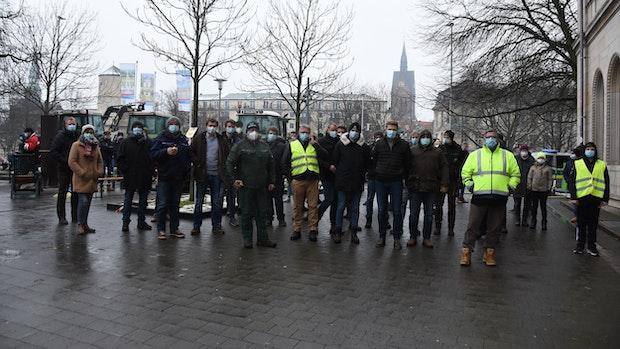 Bauern aus dem Kreis Vechta protestieren in Hannover
