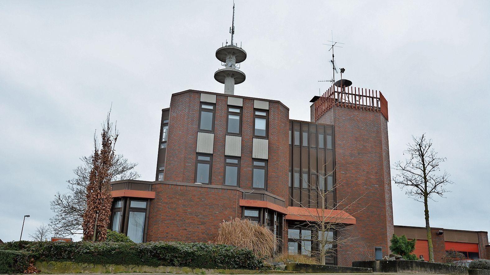 Keine Verzögerungen mehr: Das Cloppenburger Feuerwehrhaus soll schnell umgebaut werden. Foto: Archiv/Hermes