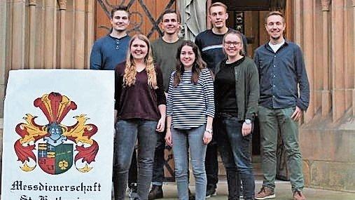 Vorfreude auf die Coronafreie Zeit: der Vorstand der Messdienerschaft St. Katharina Lindern. Foto: Kock