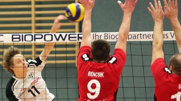 DJK Füchtel: Volleyballer halten sich mit Badminton und Tennis fit