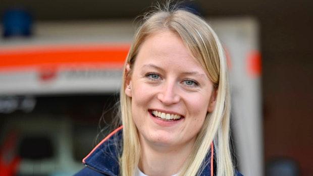 Andrea Schmidt bildet Rettungskräfte aus