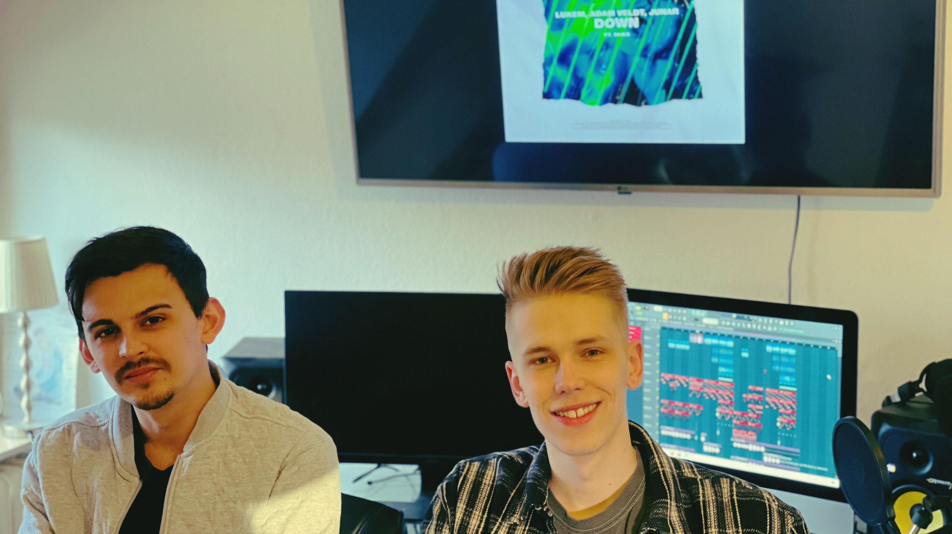 """Haben die Pandemie kreativ genutzt: Shaheen Khan alias """"Adam Veldt"""" (links) und Lukas Kaemnick alias DJ """"Lukem"""". Foto: privat"""