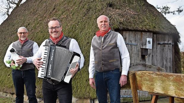 """Altenoyther Trio veröffentlicht als """"Schaopstall Jungs"""" ersten Schlager"""