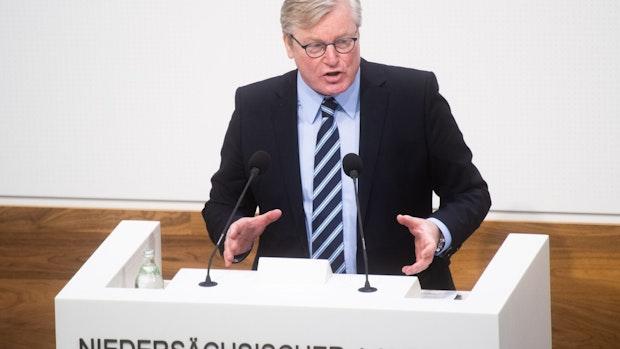 Wirtschaftsminister verteidigt geplante Modellkommunen