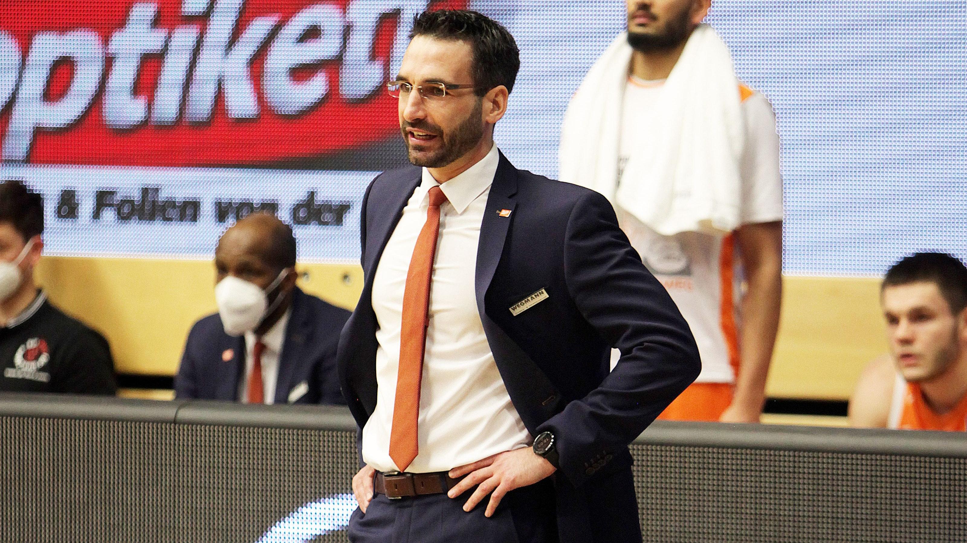 Freigestellt: Basketball-Trainer Thomas Päch. Foto: Schikora