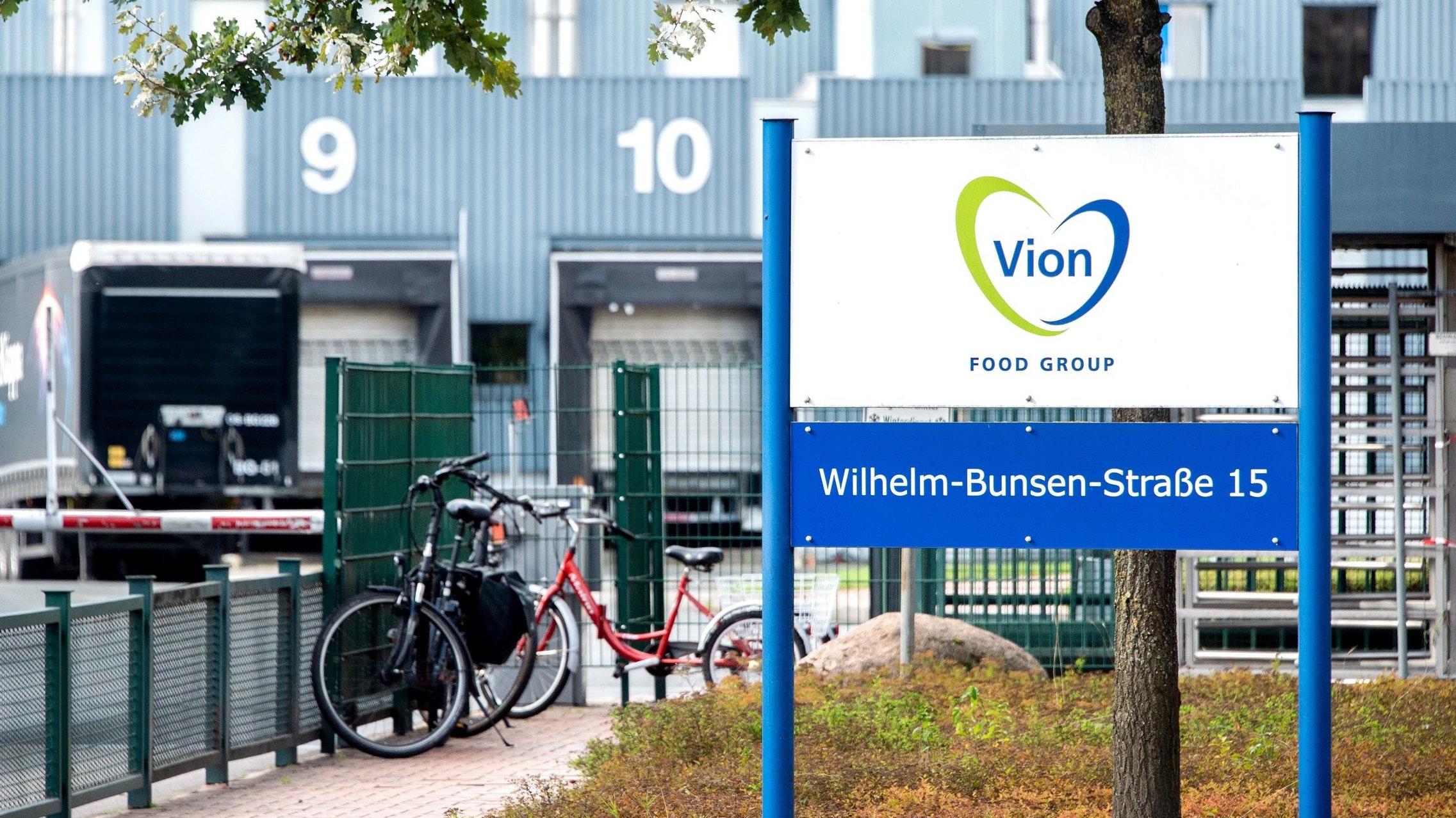 Konflikt um Geld: Der Vion-Schlachthof in Emstek mit etwa 1300 Beschäftigten. Foto: dpa/Dittrich