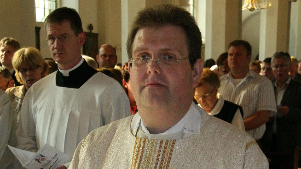 Neuer Dechant: Pfarrer Ludger Becker.Foto: Passmann