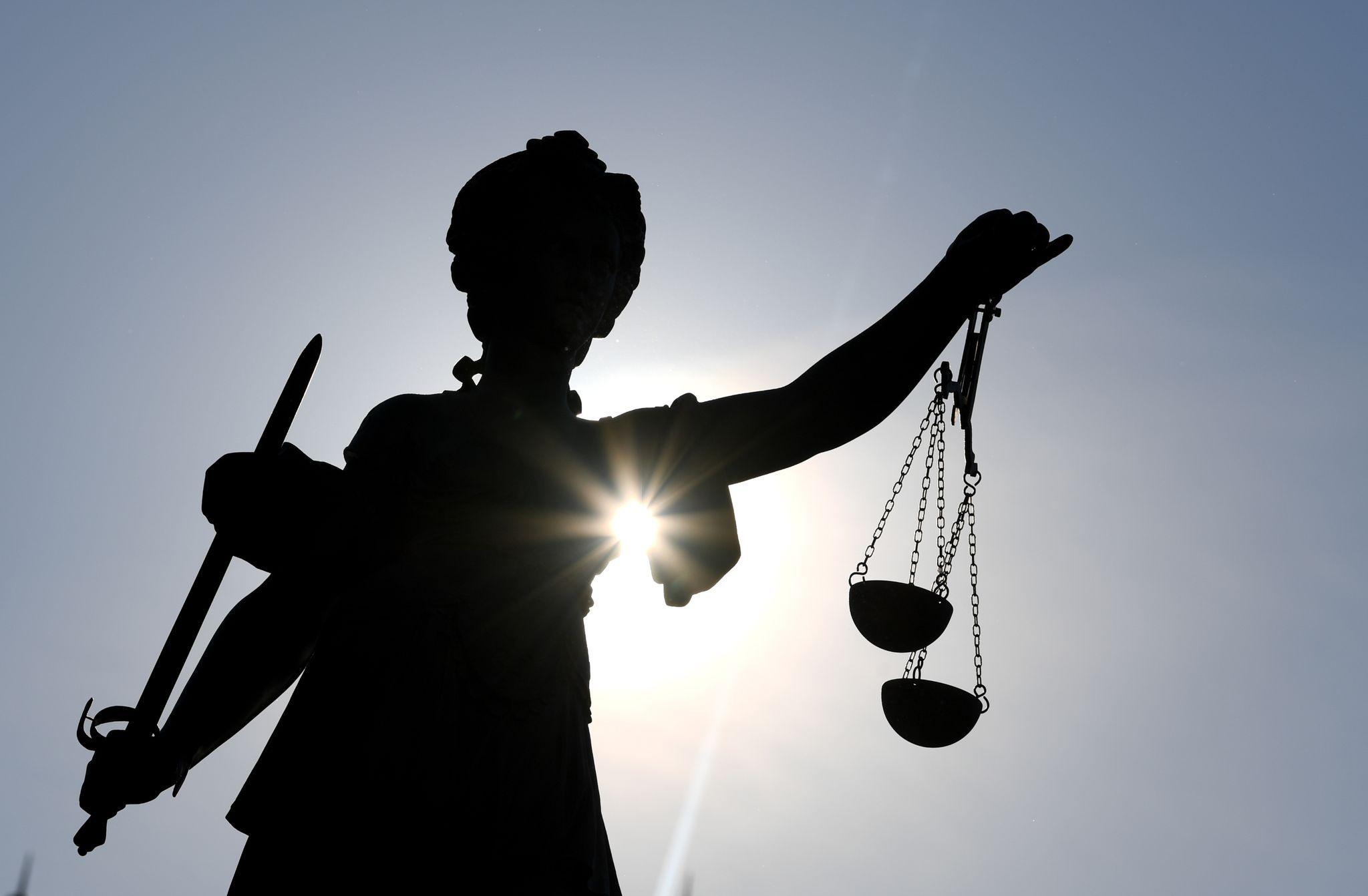 Auch im Fall einer Verjährung darf der Staat zu Unrecht erlangtes Vermögen einziehen, urteilt das Bundesverfassungsgericht. Foto: dpa