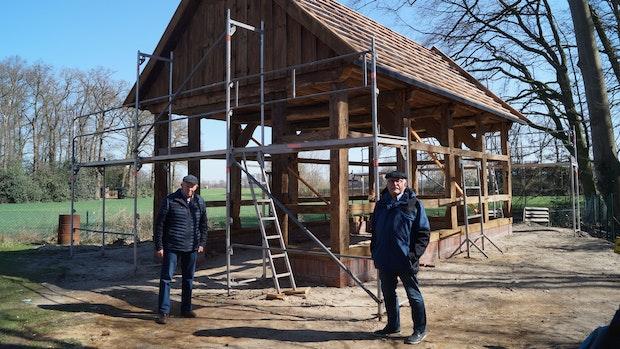 Auf dem Bakumer Heimathof erhält eine alte Scheune eine neue Aufgabe
