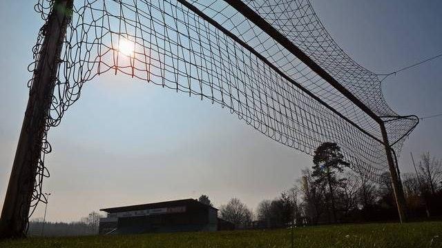 Die Tornetze bleiben oben: Auch auf der Anlage des TuS Emstekerfeld rollt in der Saison 2020/21 kein Fußball mehr. Foto: Oliver Hermes