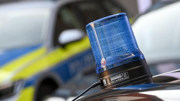 Männer bedrohen 11-Jährigen und rauben sein Fahrrad