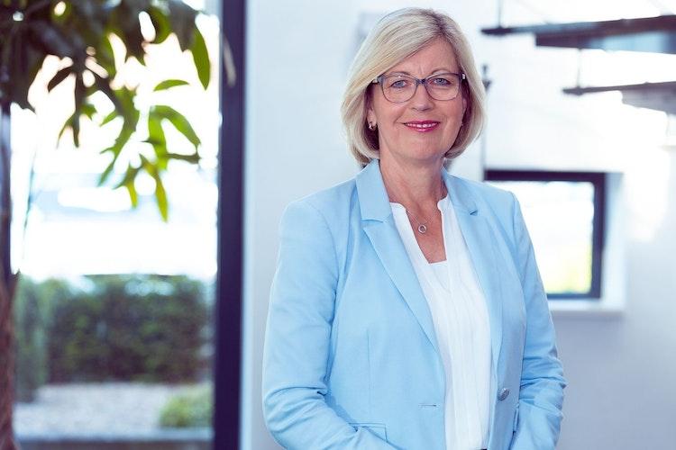 Ulla Kampers ist verantwortlich für Personal und Finanzen bei der Firma Nordluft in Lohne. Foto: Michaela Rehm