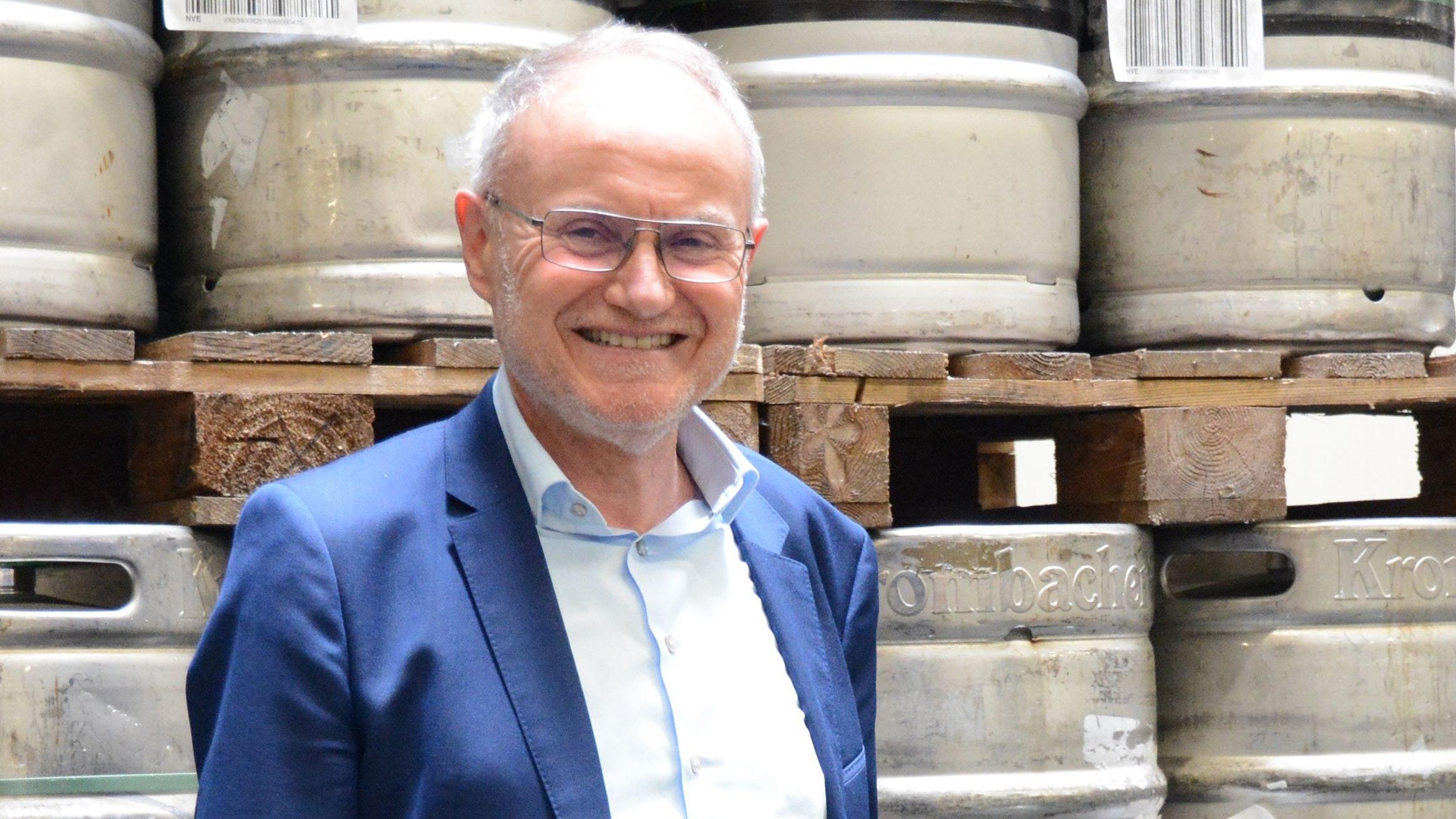 Freut sich auf die neue Zeit: Günther Tebben, Geschäftsführer von Getränke Brügging. Foto: Hermes