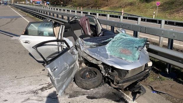 26-Jährige wird bei Unfall auf der A1 schwer verletzt