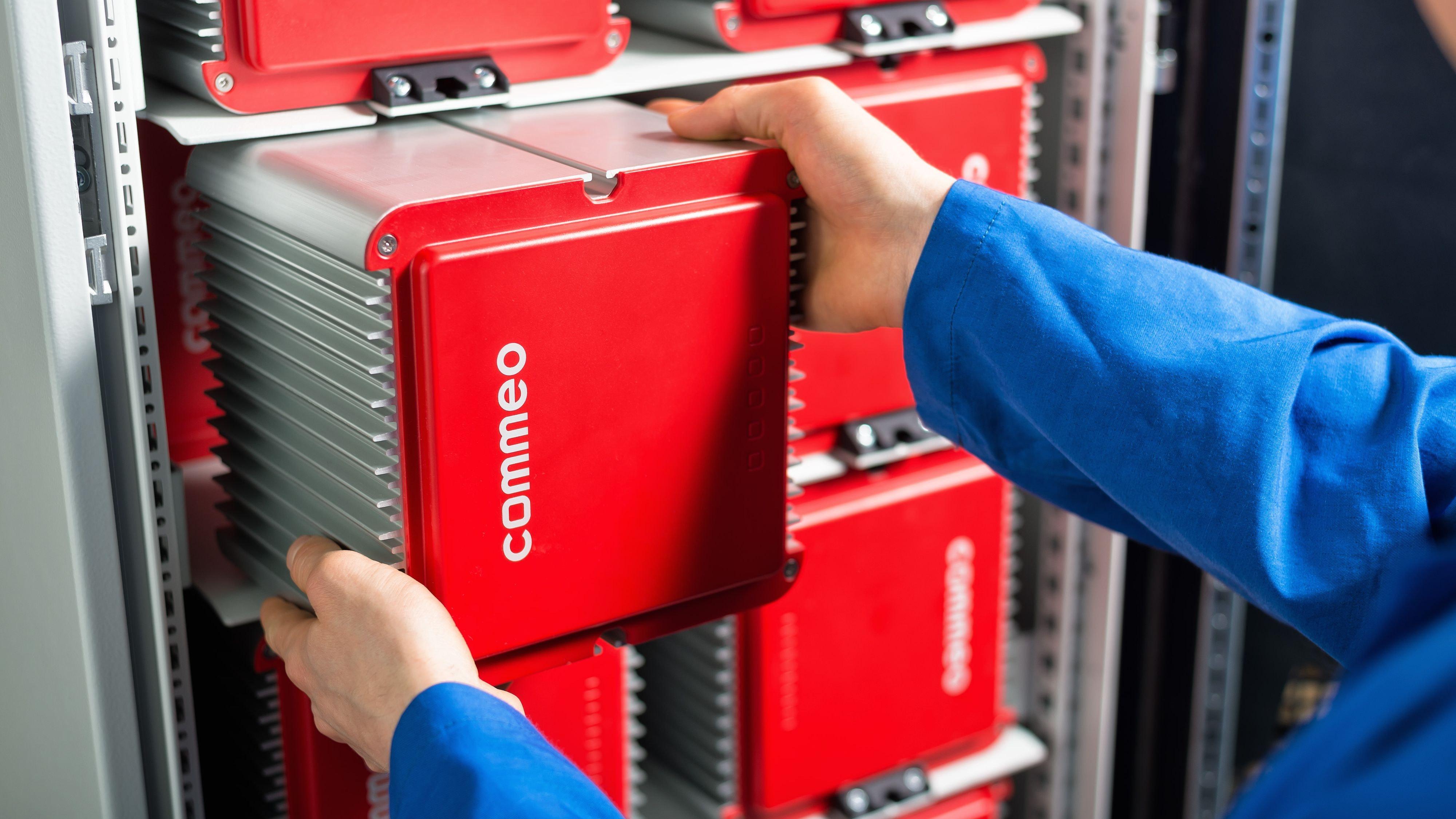 Unterschiedliche Zelltypen und modular: Der Aufbau der Batteriespeicher ermöglicht angepasste Konfiguration. Foto: Commeo