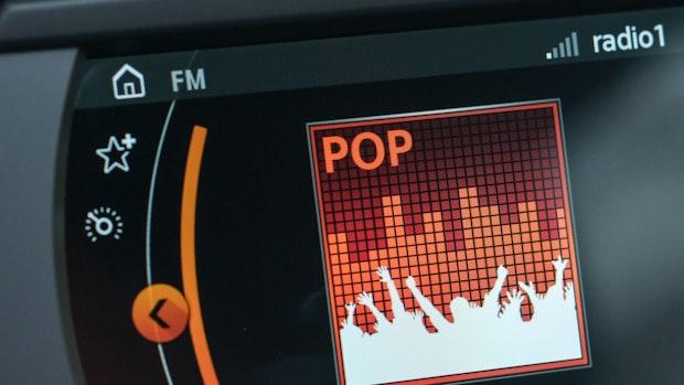 Heimatbund setzt sich für Plattdeutschen Radiosender ein