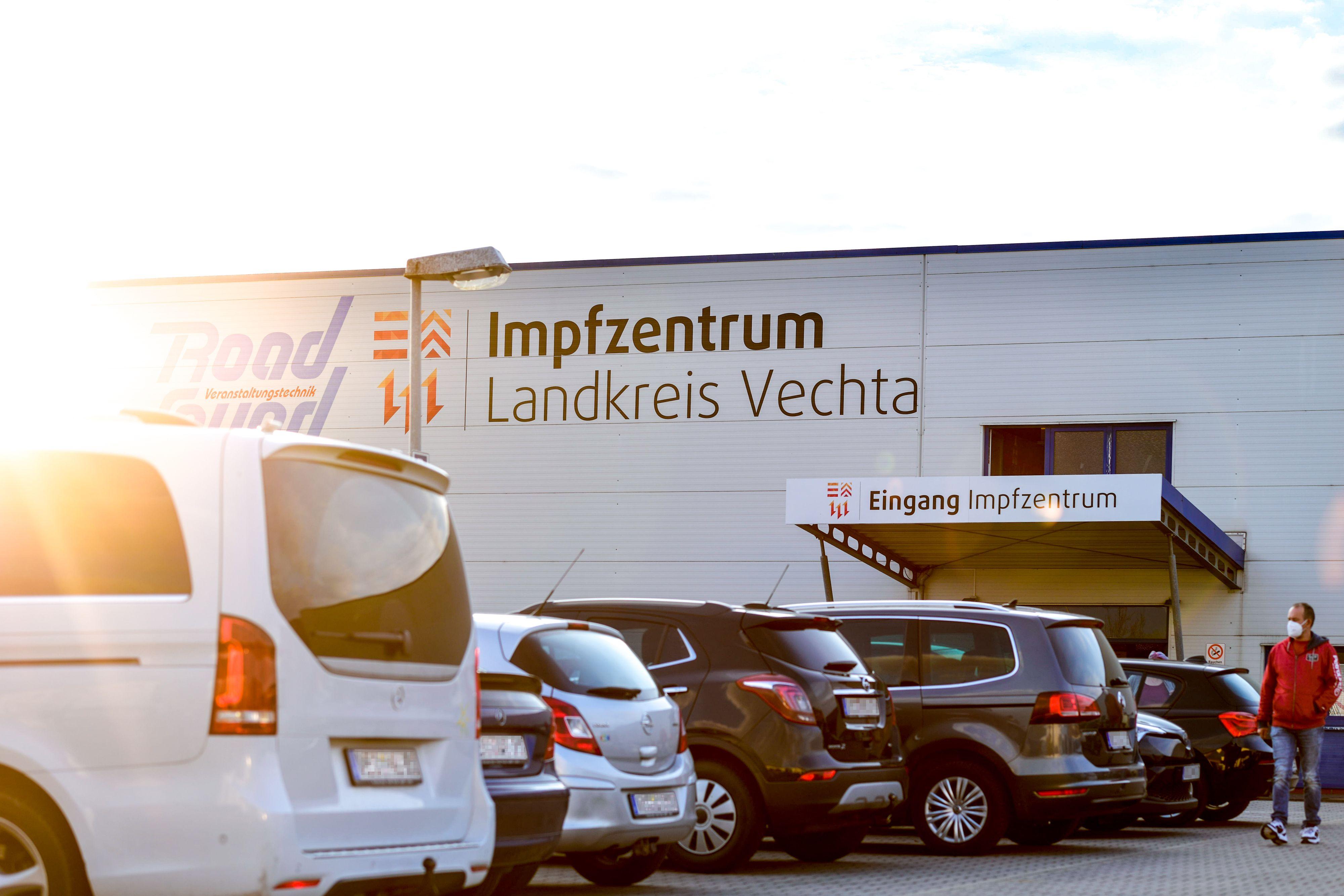 Das Impfzentrum in Lohne: Großer Ansturm am 1. Mai 2021. Foto: Chowanietz