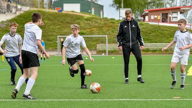 Fußballtalente sind zurück auf dem Trainingsplatz