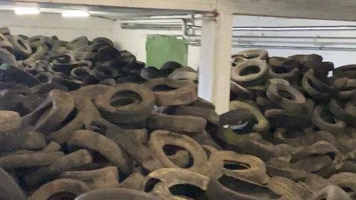 Betrüger lassen 700 Kubikmeter Altreifen zurück – der Vermieter muss sie entsorgen