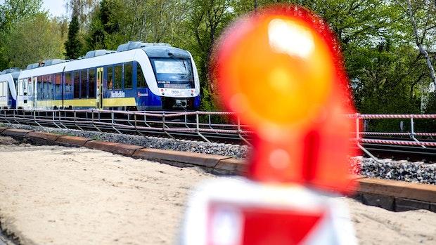 Bahnausbau zwischen Oldenburg und Wilhelmshaven steuert auf Fertigstellung zu