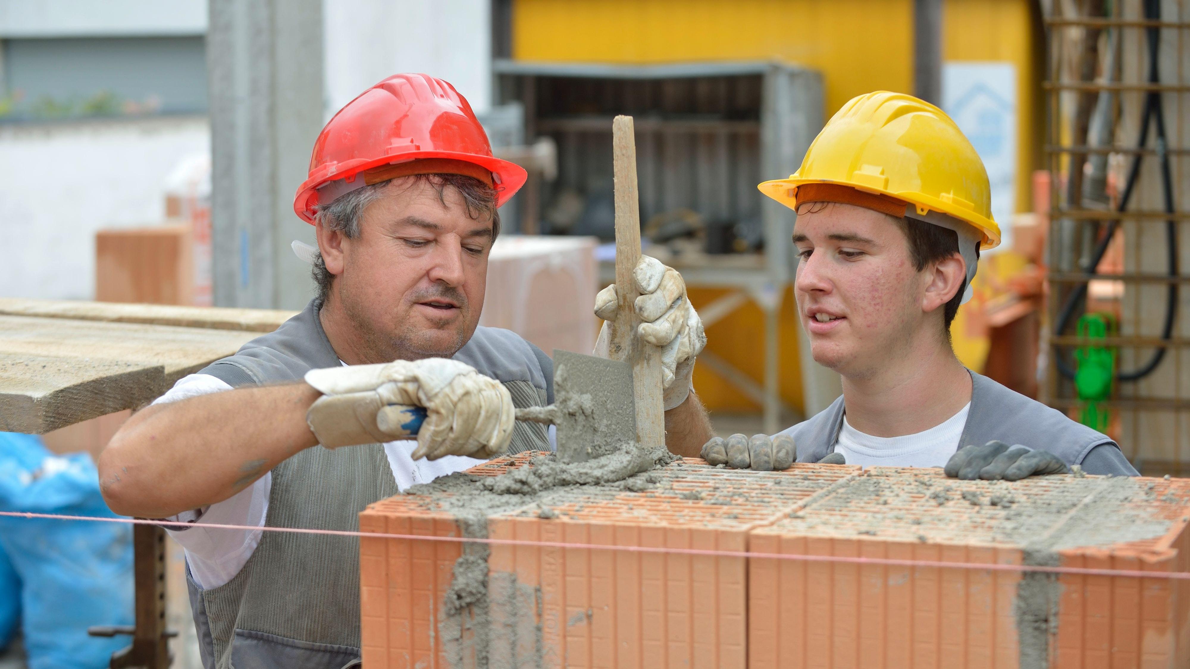 Die Ausbildung zum Maurer ist in ihrem Bezirk gefragt, so die Handwerkskammer Oldenburg. Foto: amh-online.de / Heller