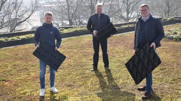 Warum ein Kunststoffbetrieb aus Lohne sein Geld auch mit Gründächern verdient
