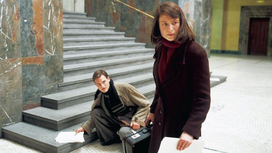 Schlüsselszene: Die Geschichte von Sophie Scholl und der Weißen Rose wurde mehrfach verfilmt. Hier eine Szene aus Sophie Scholl - Die letzten Tage. Foto: dpa | X-Verleih