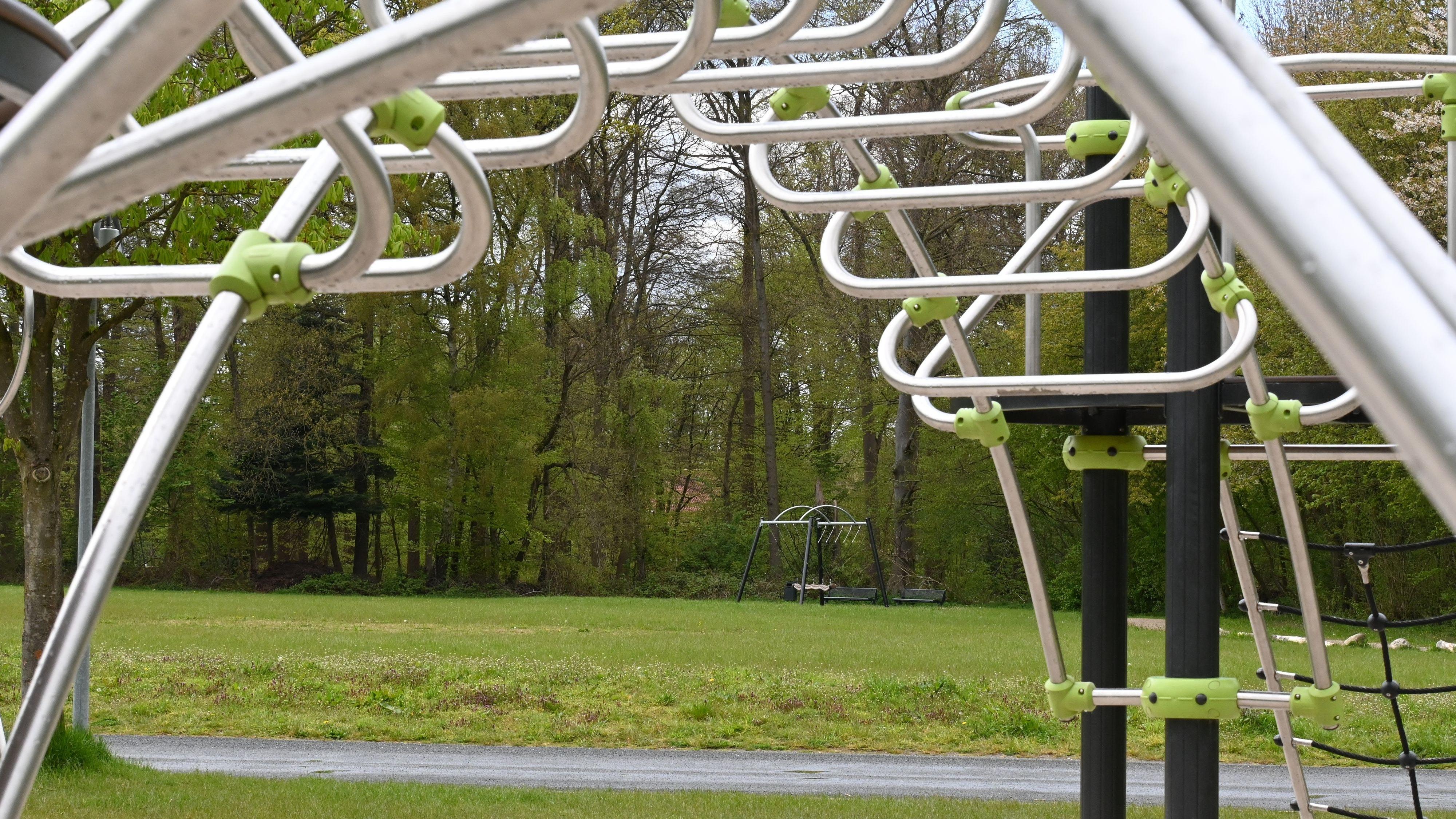 Möglicher Standort: Ein Sendeturm könnte auf dem Dorfplatz in Cappeln errichtet werden. Foto: Thomas Vorwerk