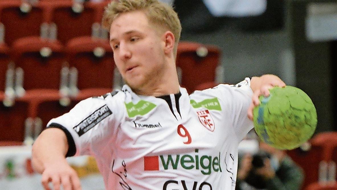 Wird es ein großer Wurf? Max Borchert peilt mit dem TV Cloppenburg gegen den Oranienburger HC den ersten Sieg im Ligapokal der 3. Liga an. Foto: Langosch