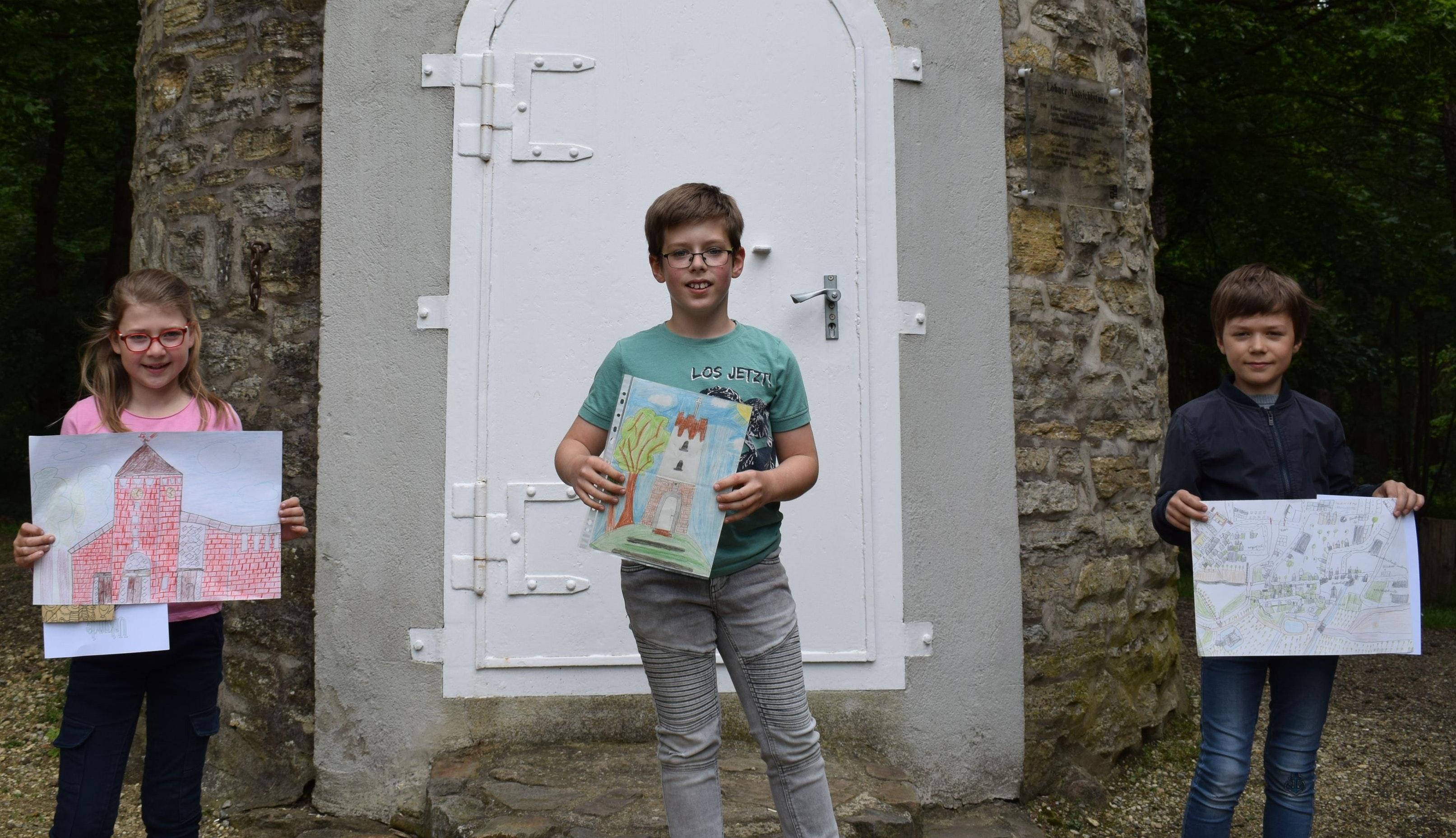 Der Heimatverein Lohne hat die Sieger seines Malwettbewerbs für Kinder und Jugendliche gekürt. Foto: Meyer