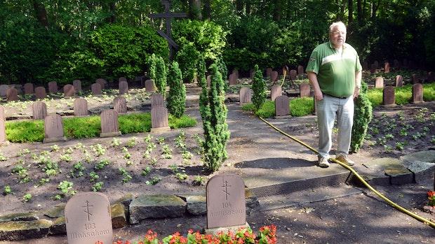 """Gedenkfeier auf Löninger """"Russenfriedhof"""" am Jahrestag des Überfalls"""