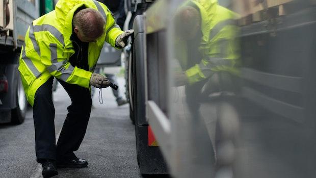 Geklauter Lastwagen taucht demoliert in Rieste wieder auf
