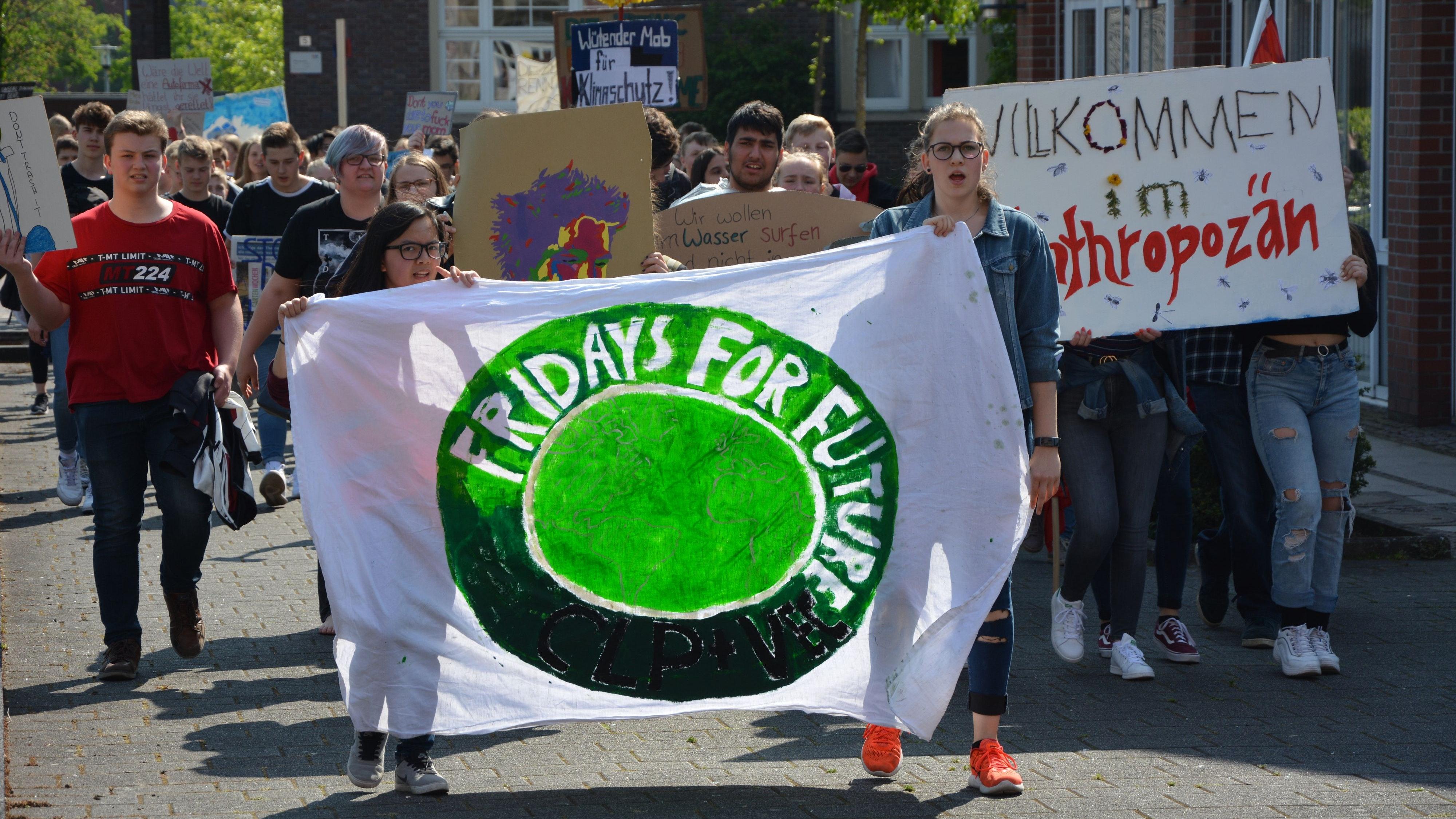 Zurück auf die Straße: Zumindest in kleinen Gruppen werden Aktivisten in Cloppenburg ihren prominenten Gast durch die Fußgängerzone begleiten. Foto: Archiv