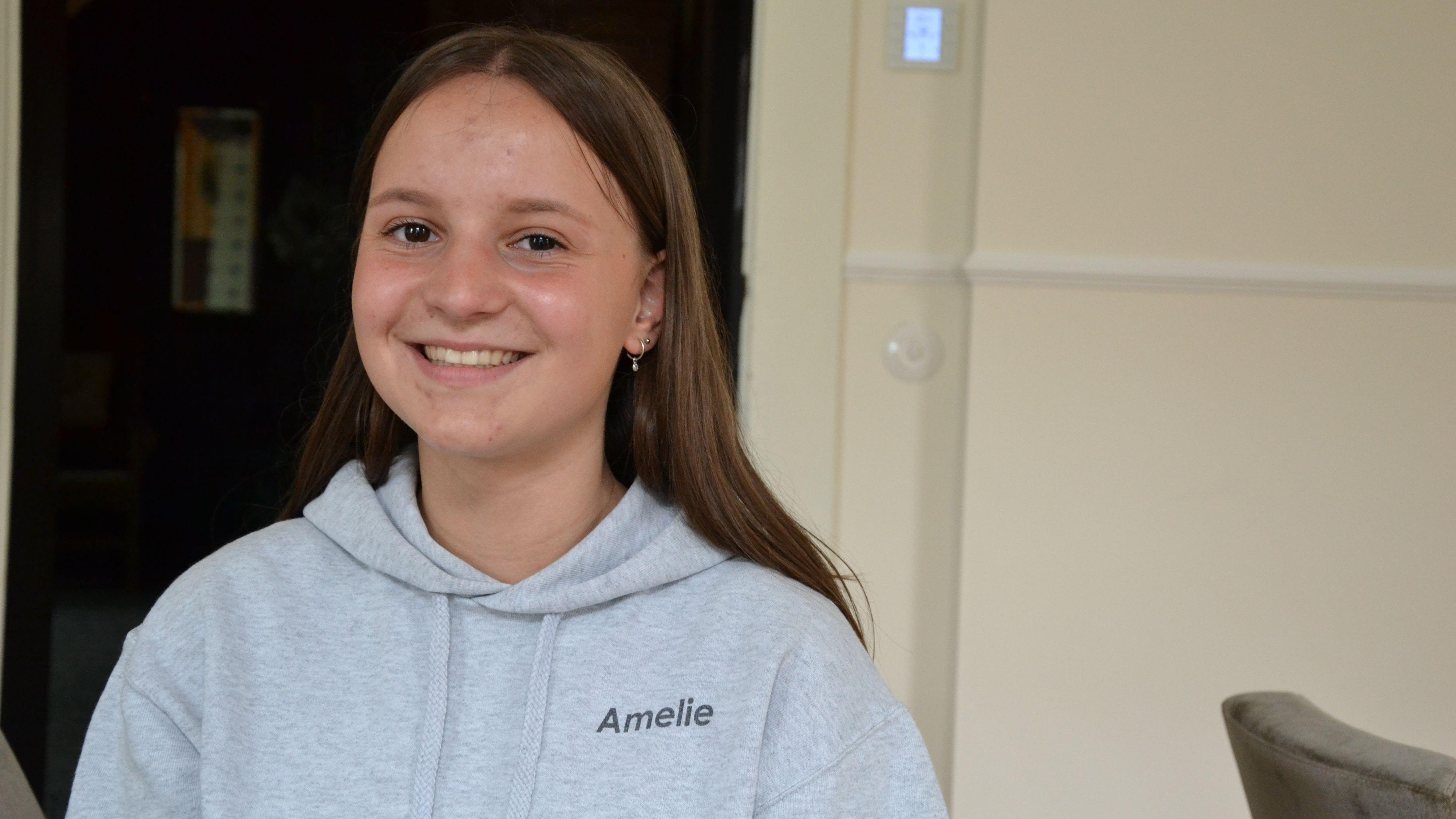 Fröhlich und aufgeschlossen: Lastrups Jugendbürgermeisterin Amelie Hindersmann. Foto: Meyer