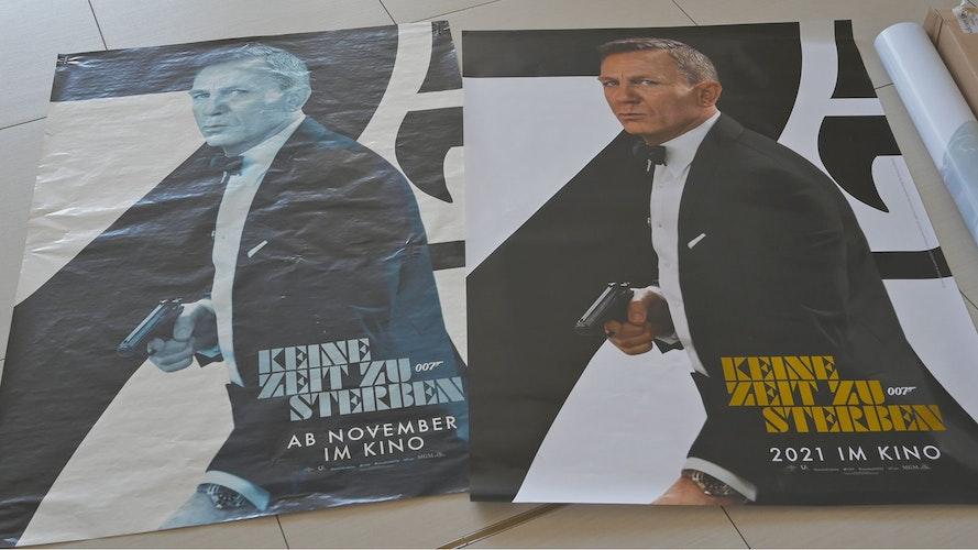 Die Corona-Zwangspause hat Spuren hinterlassen: In Vechta musste das ausgeblichene James-Bond-Plakat ausgetauscht werden. Foto: Duzat
