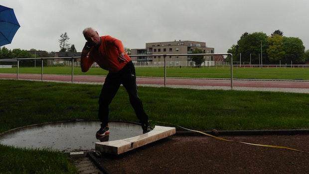 89-Jähriger setzt sportliches Ausrufezeichen: Wille ist stärker als Achillesferse