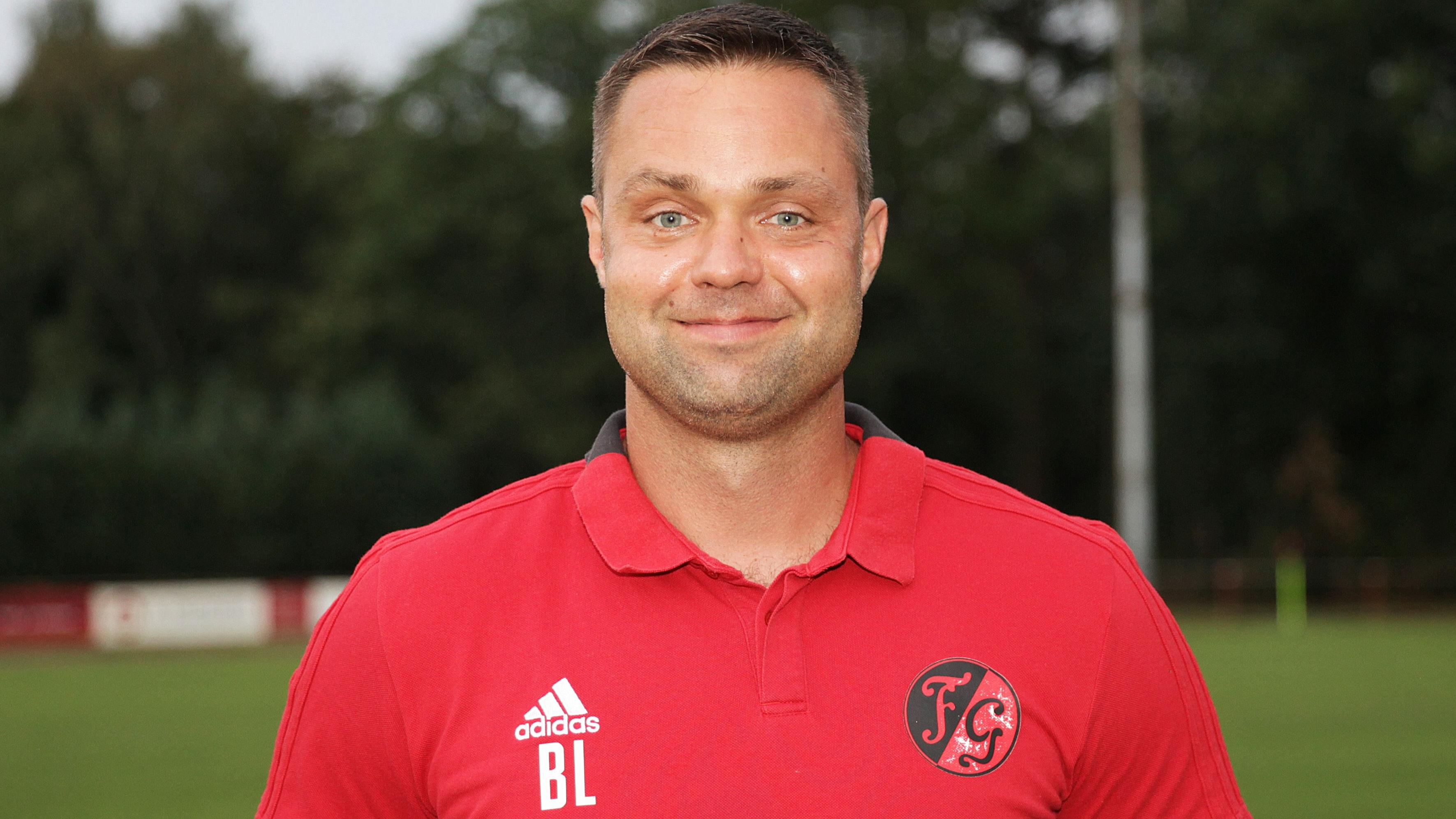 Verlässt den Landkreis Vechta: Trainer Björn Lipfert. Foto: Schikora