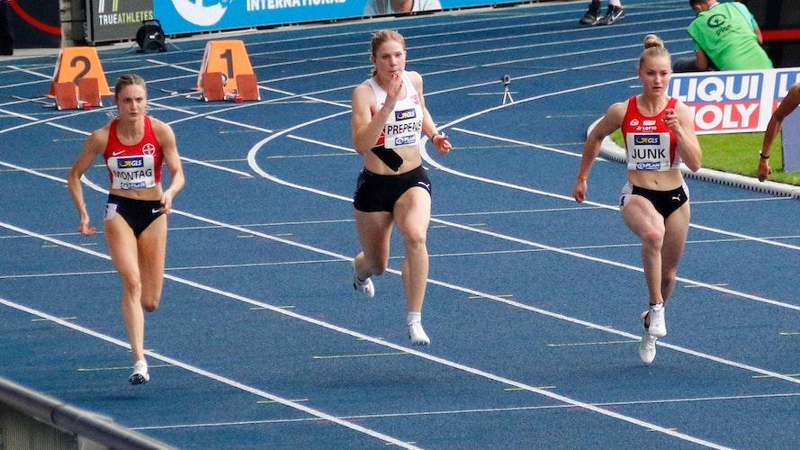 Unglück das 100-Meterfinale verpasst. Aber über 200 Meter war Talea Prepens (Mitte) dabei und wurde Fünfte. Foto: Regine Prepens