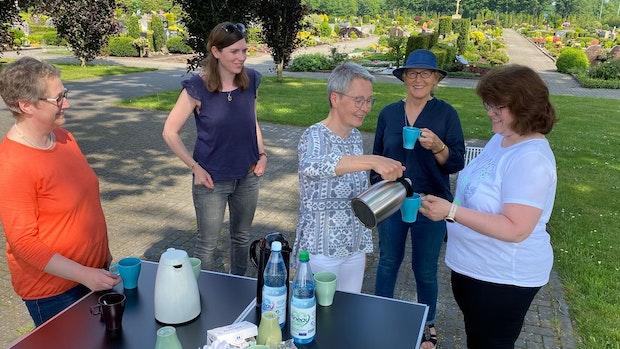 Kaffee und Klönschnack auf dem Böseler Friedhof