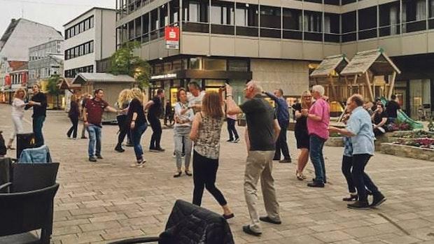 Unter freiem Himmel: Cloppenburger ruft Tanzveranstaltung ins Leben