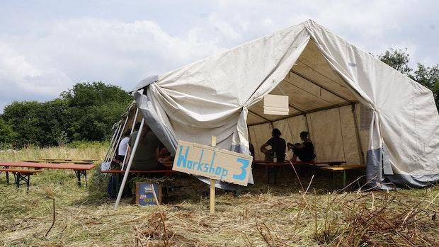 Polizei: Der Aufbau des Protestcamps verläuft friedlich