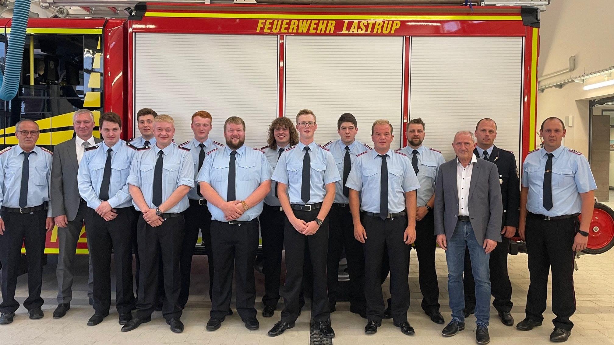 Verstärkung: 10 neue Feuerwehrleute gehen künftig in die Einsätze. Foto: Freiwillige Feuerwehr Lastrup