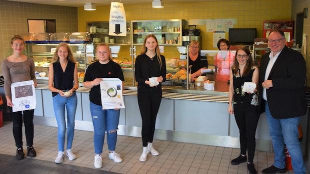 """""""Wir essen plastikfrei"""": Friesoyther Schülerinnen finden Lösungen fürs AMG"""