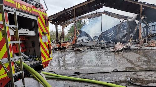 Oldtimer-Trecker fallen Brand zum Opfer