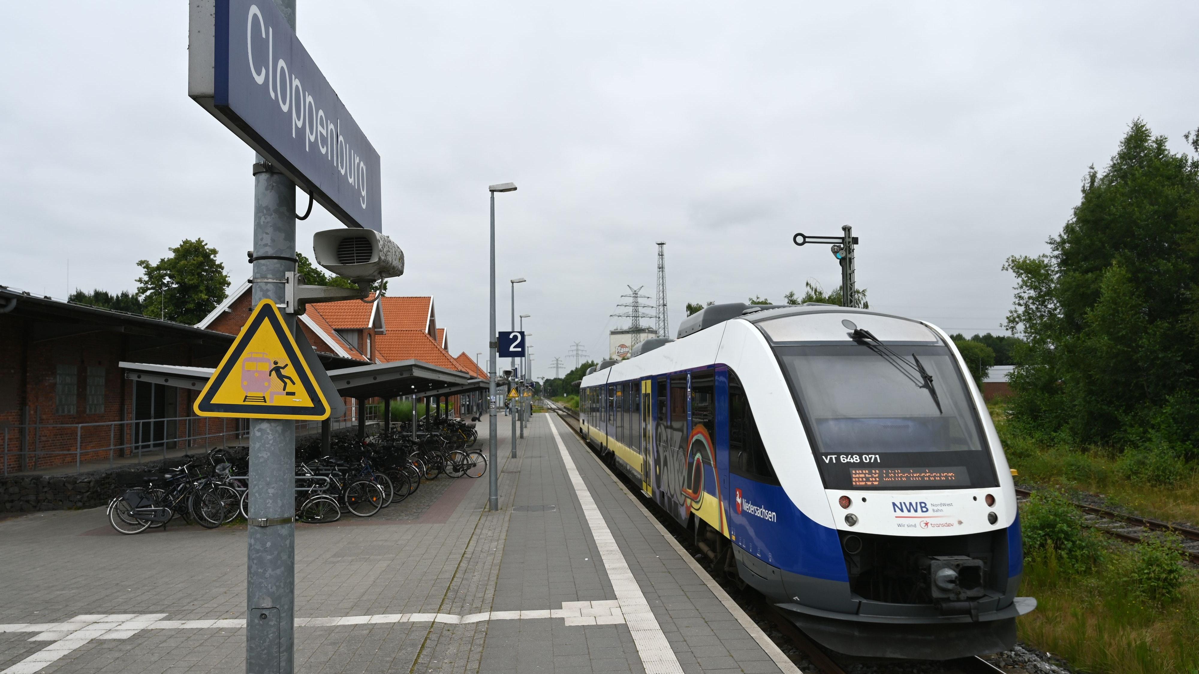 Am Cloppenburger Bahnhof: Zurzeit hält hier nur die Nordwestbahn. Foto: Hermes