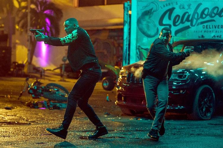 Ermitteln mal wieder zusammen: Will Smith (links) als Mike Lowrey und Martin Lawrence als Marcus Burnett in einer Szene des Films Bad Boys For Life. Foto:picture alliancedpaSony Pictures